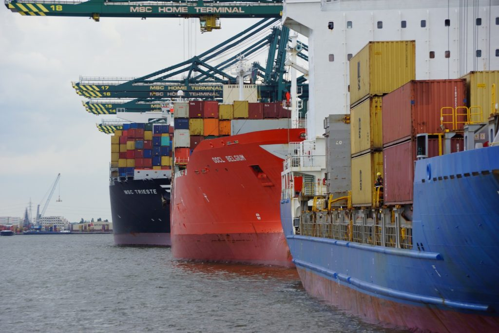 backman_trummer_sea_transport_container